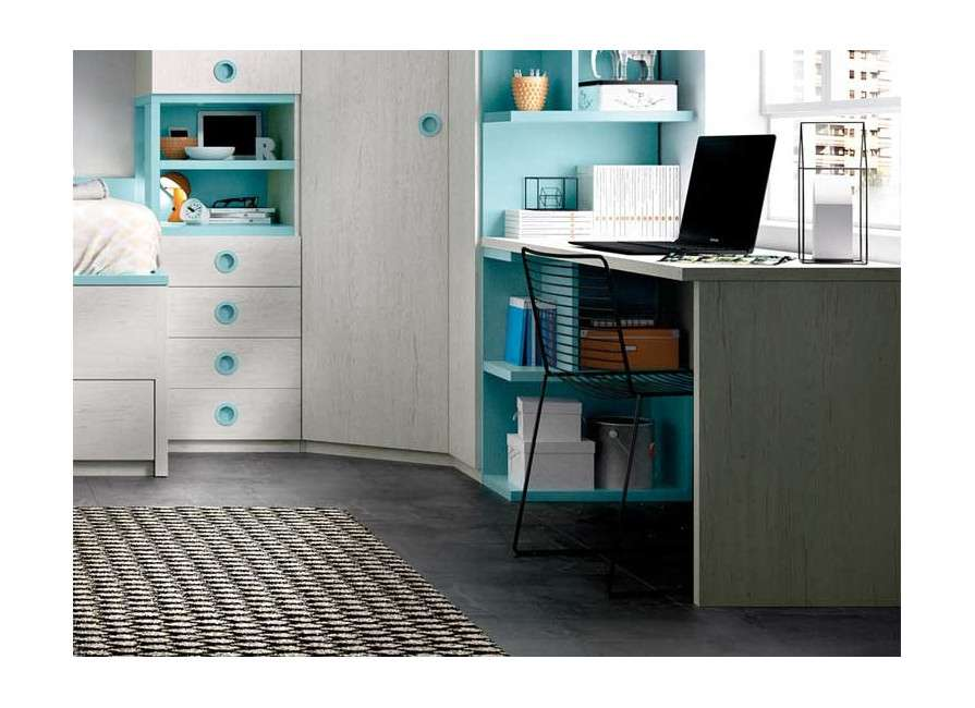 Habitación juvenil con armario rinconero y escritorio