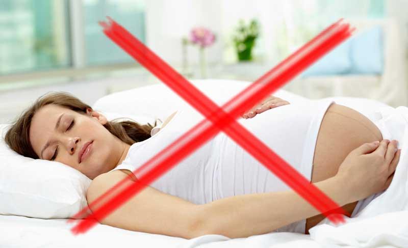 dormir boca arriba en el embarazo