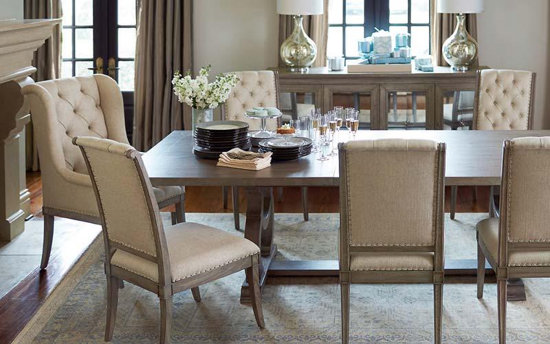 escoger una silla para el comedor